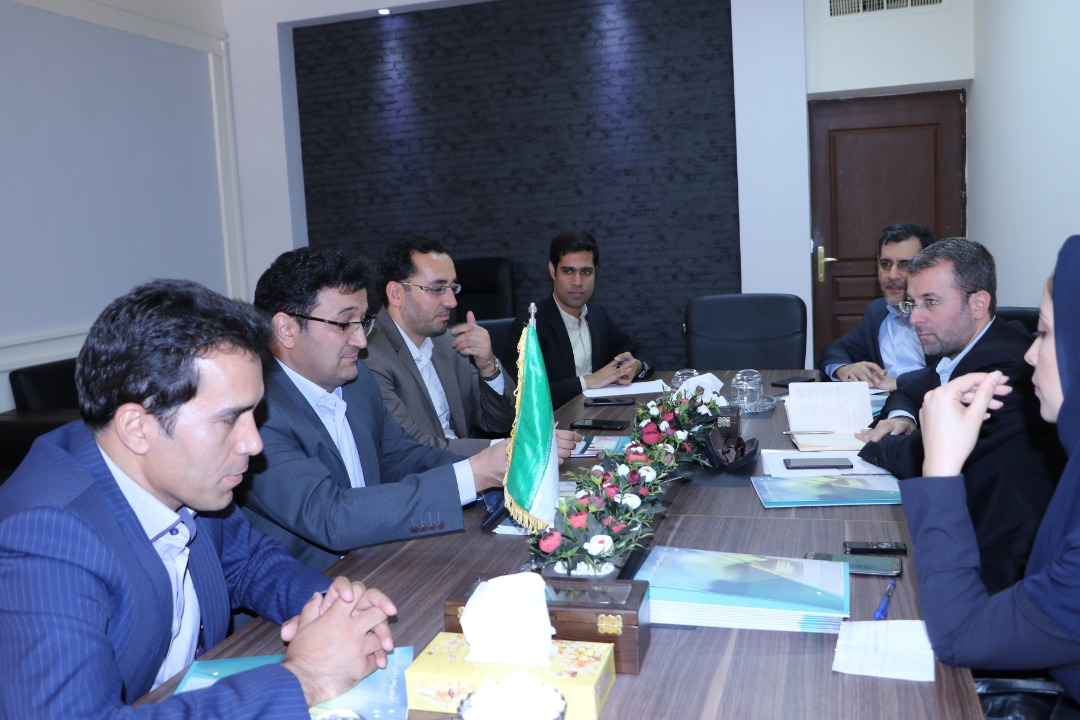 بازدید هیئت عامل صندوق نوآوری و شکوفایی ریاست جمهوری از صندوق پژوهش و فناوری استان کرمان